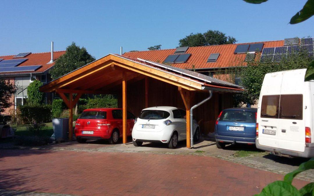 Carport mit Photovoltaikanlage
